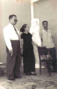 Avec M. Le Van De, Directeur et Mme Marie Baranger, École de Gia-Dinh, 1959